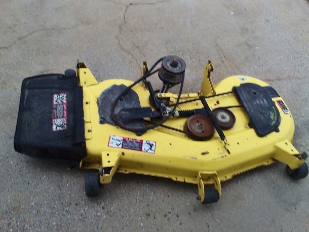 John Deere Sst18 48c Mower Deck ( Pickup Only)