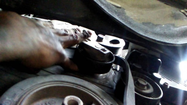 How To Remove Serpentine Belt 2004 Hyundai Santa Fe 2 7