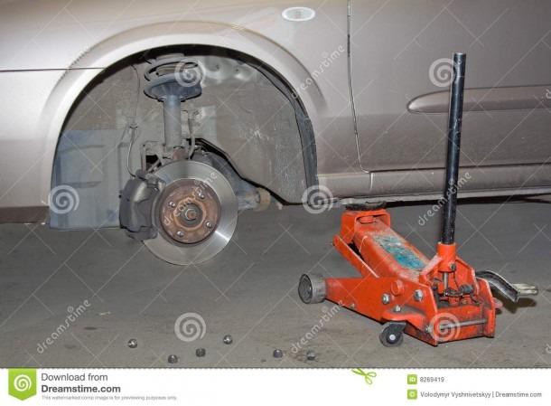 Car No Front Wheel Stock Image  Image Of Hand, Unmount