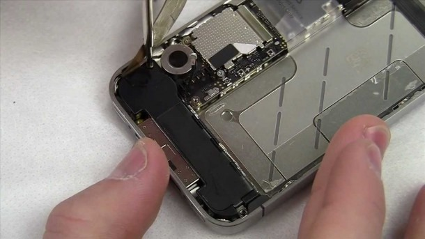 Iphone 4s Complete Disassembly And Lcd Screen   Digitizer