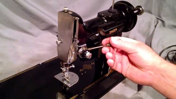 How To Thread A Vintage Singer Featherweight 221 Sewing Machine