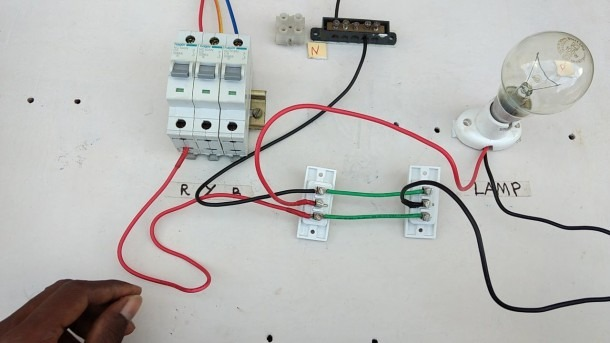Two Way Switch Connection Type 3