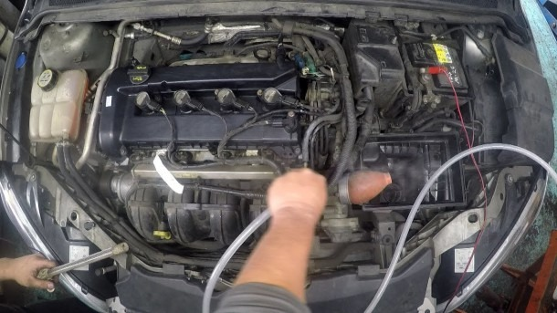 Intake Manifold Vacuum Hose Leak & How To Replace Pcv Hose Ford