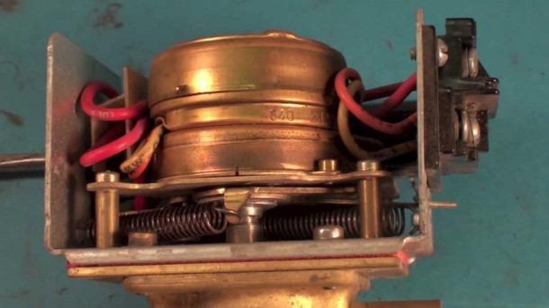 How The Honeywell Zone Valve Works  Part 1