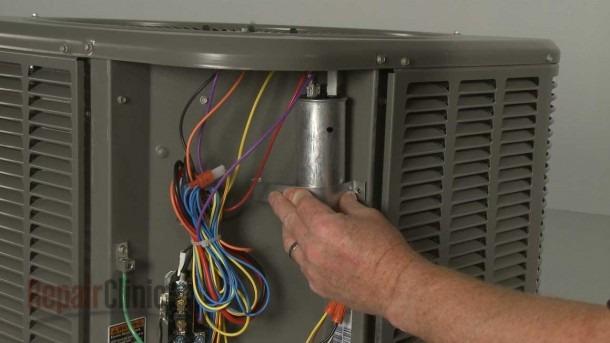 Lennox Air Conditioner Condensing Unit Run Capacitor  89m80