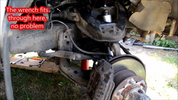 1989 Toyota Pickup Cv Axle Removal   Replacement